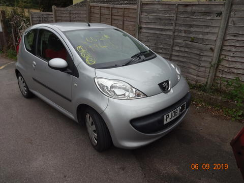 Breaking Peugeot 107 for spares #2
